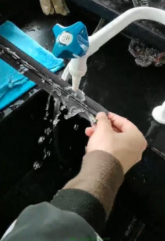 织带防水工艺之无氟油性防水剂的应用